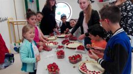 Cueillette et tartes aux fraises été 2017 (7)