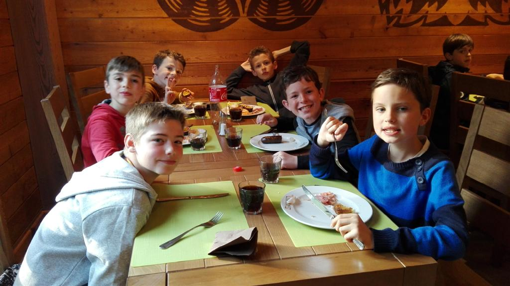 Diner à l'hotel des 3 hiboux (7)