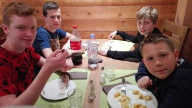 Diner à l'hotel des 3 hiboux (3)